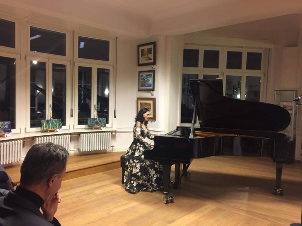 ele1 Lule Elezi me koncert recital u prezantua në Foajeun Evropian të Luksemburgut